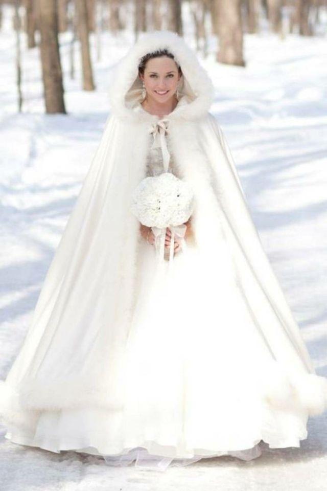 Brautkleider im Winter-Style | FAB events LAB | Hochzeitsplaner Mallorca