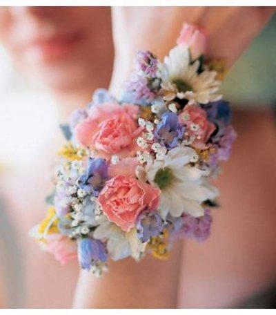 Blumenarmband Hochzeit